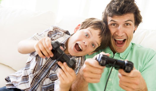 Hijo-y-padre-Video-Game